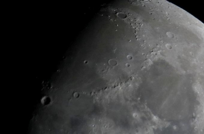 Moon 13.05.19-001
